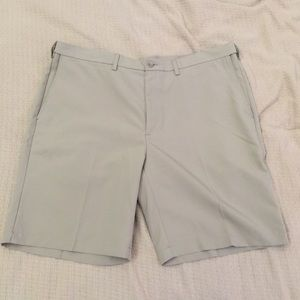 Haggar Clothing Mens Size 42 khaki shorts